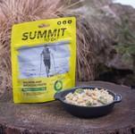 Losos s těstovinami a brokolicí SUMMIT TO EAT
